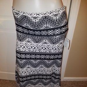 LuLaRoe Medium Vintage Maxi Skirt black Tag NWT